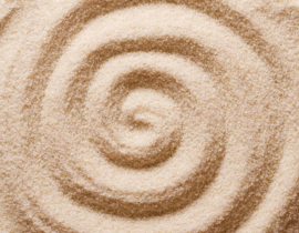 spiral-in-the-sand-macro-photo-P64KZTF-1024x678